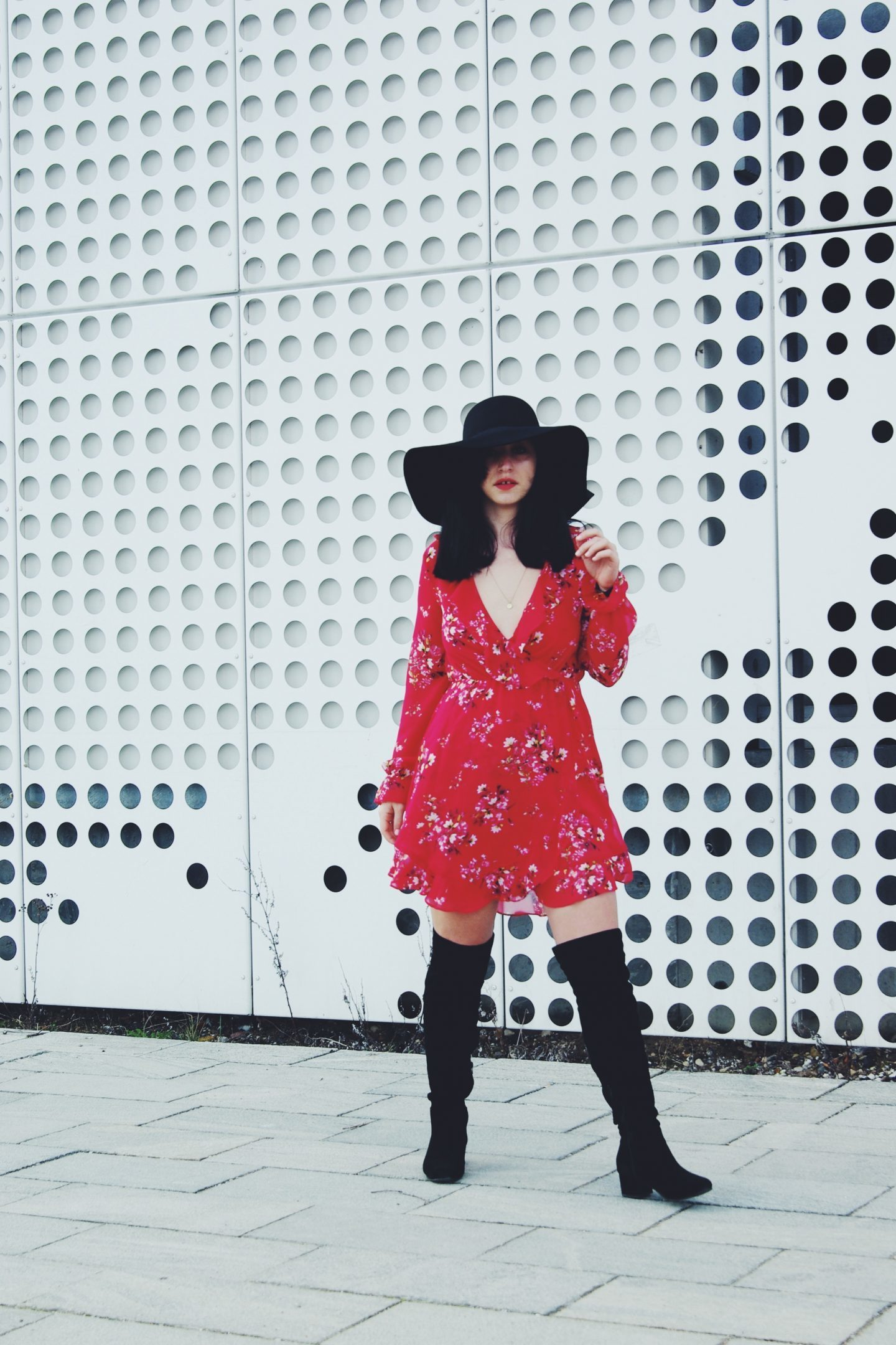 floral-dress-from-H.M.-spicy-up-your-monday