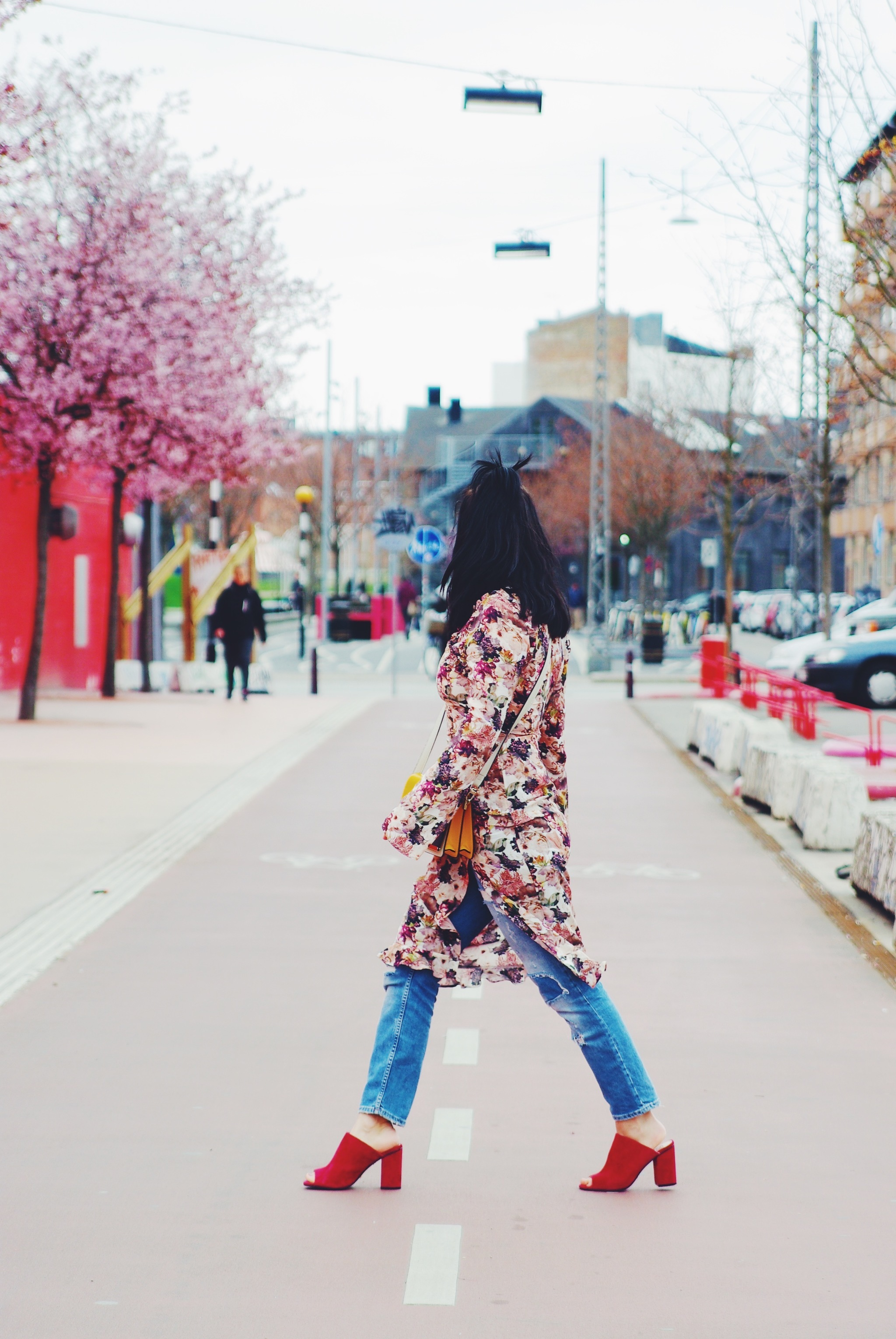 7cb75e5db59 Ways to style the floral dress in Copenhagen - Be you, very well