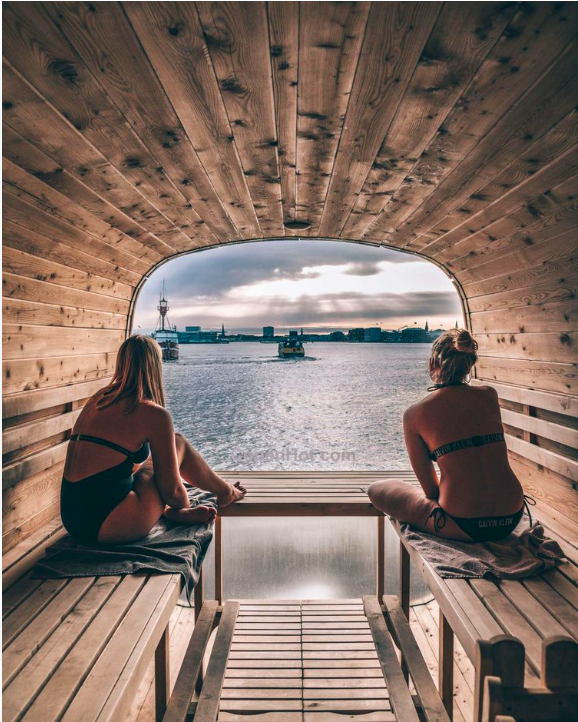 Copenhot-sauna-with-panoramic-view-Copenhagen